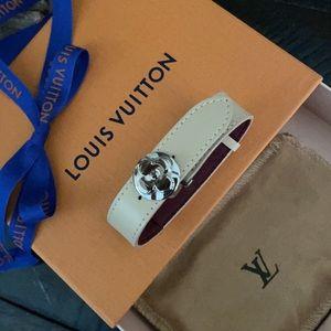 💯% Authentic Louis Vuitton Bracelet ✨